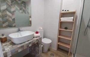 negocios-alojamento_0003_modern-beach-apartment-3