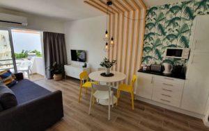 negocios-alojamento_0005_modern-beach-apartment-1